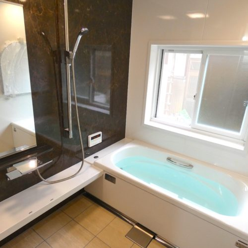お風呂と脱衣所のまるごとリフォーム&給湯器取り替え